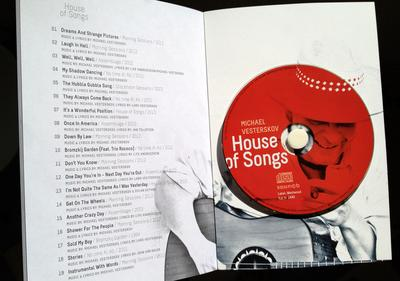 Michael Vesterskov: Cd'en House of Songs er inkuderet i bogen